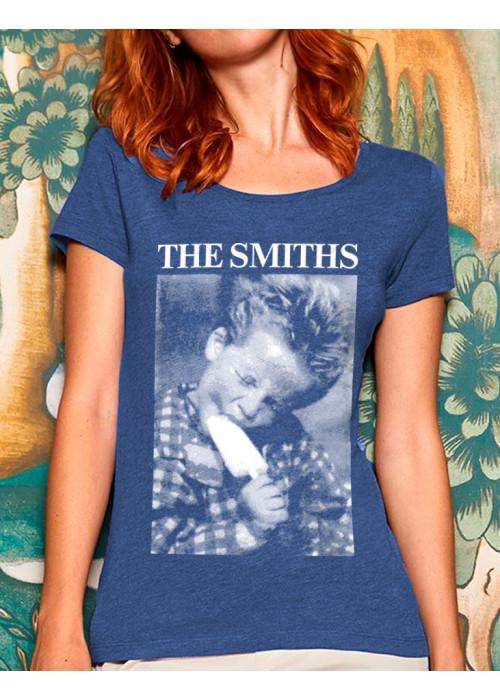Boy eating an Ice lolli - Class Woman T-Shirt